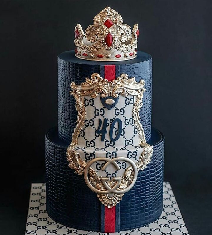 Gucci Cake Designs: #GUCCI!!!! Lovely Cake Texture!! GORGEOUS Cake Design Tag