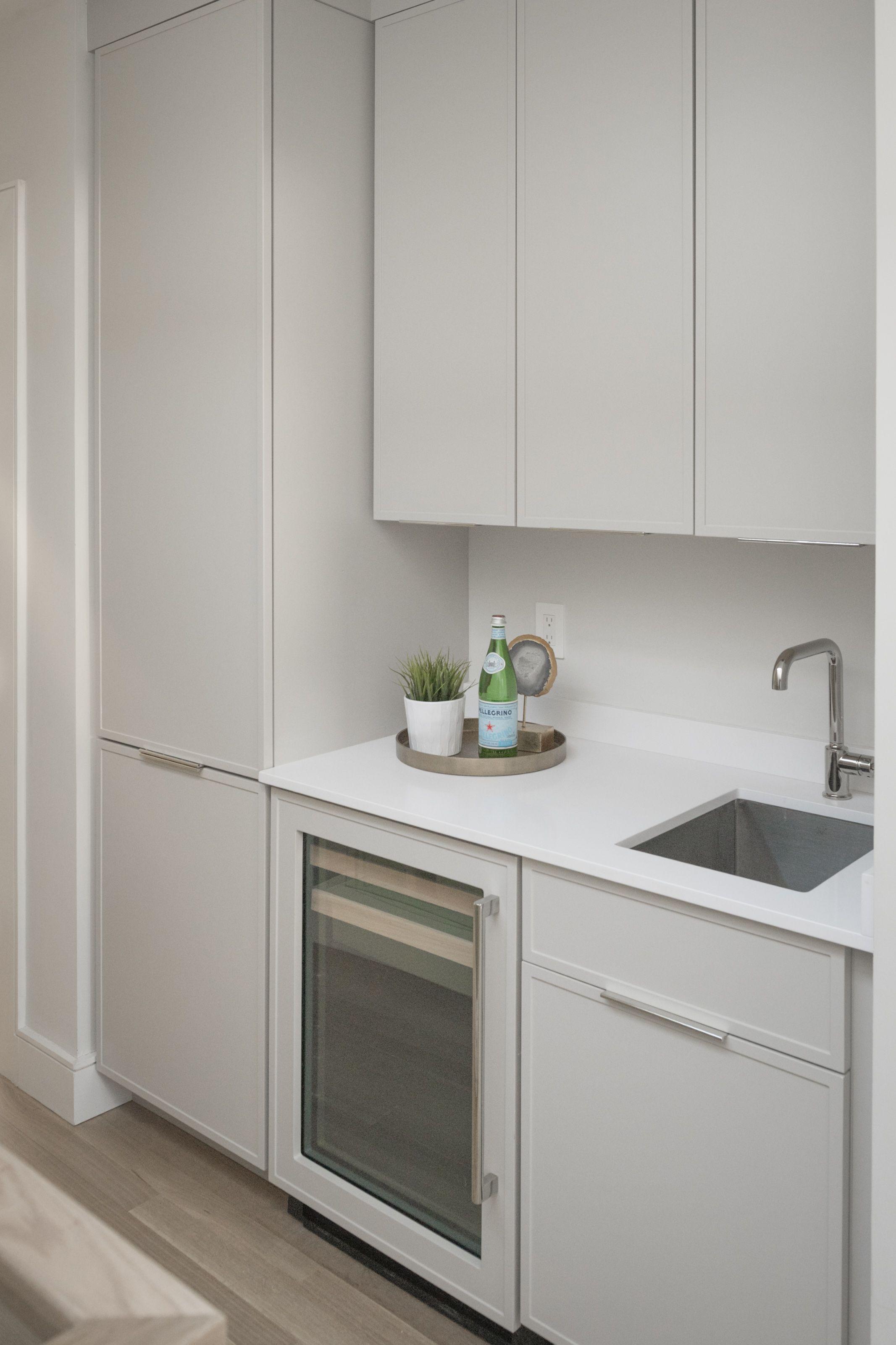 Best Modern Shaker Cabinet Door In Wet Bar Shaker Cabinets 640 x 480