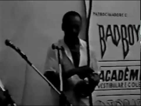 Capoeira Muzenza: Mestre Alexandre José Ribeiro de Amorim. Meia Lua. JF,...