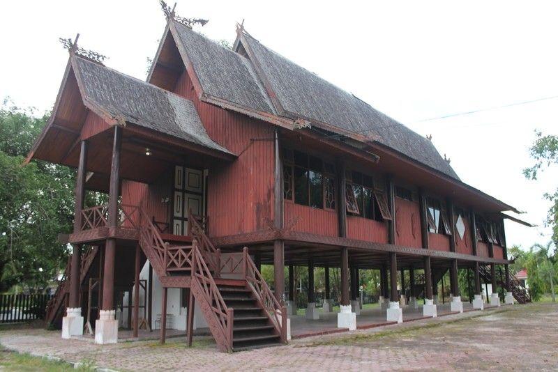 Rumah Betang Rumah Adat Kalimantan Tengah Home Fashion Desain Rumah Arsitektur