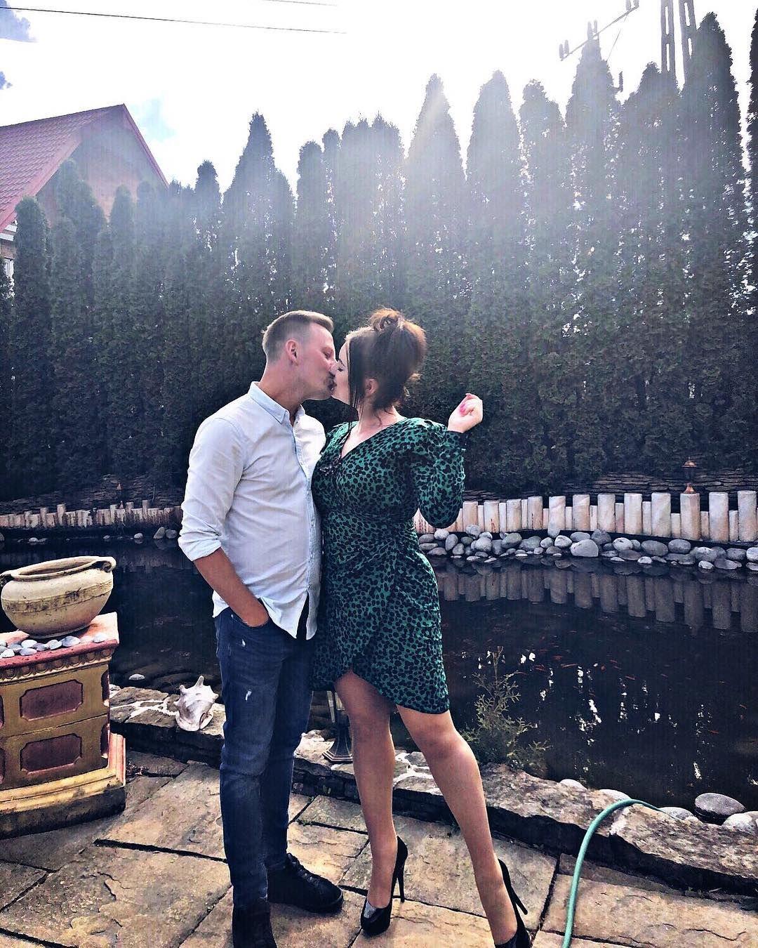 Good Morning Me Girl Polishgirl Kiss With My Boy