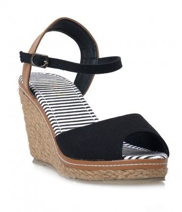 Picnic panache at its finest, the Bypass heels are a woven pair of Summer stunners! Endearing retro black and tan Espadr...Price - $36.00-4OwkPvvo