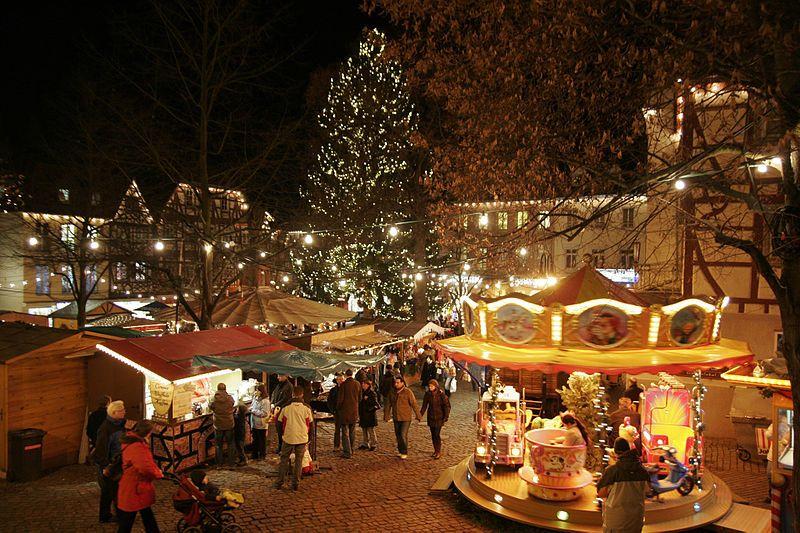 File:Bensheim Marktplatz Weihnachten 02.jpg   Christmas in Germany ...