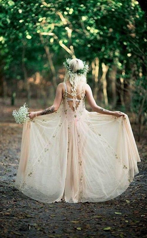 22 Effortlessly Beautiful Boho Wedding Dresses Ireland Passion