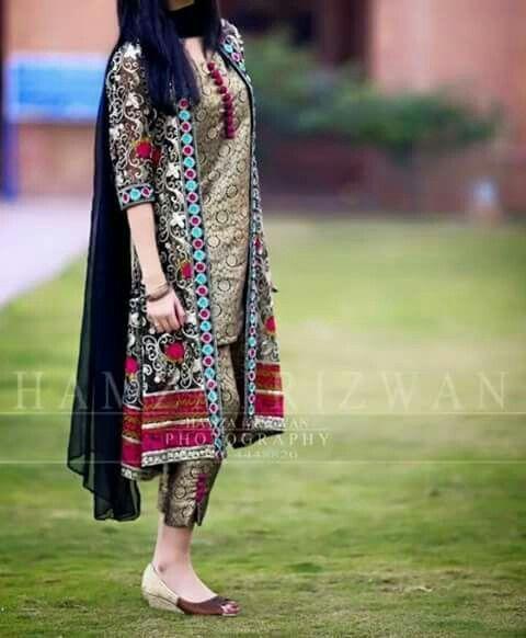 Pin By Princess On Fashion Style New Designer Dresses Shrug For Dresses Pakistani Dress Design