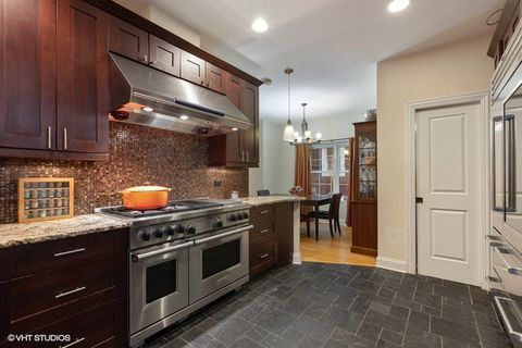 4919 W Pensacola Ave, Chicago, IL 60641 | Kitchen cabinets ...