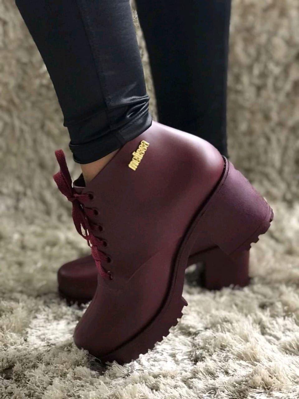 Acessórios | Pulseiras | Botas femininas, Sapatos fashion