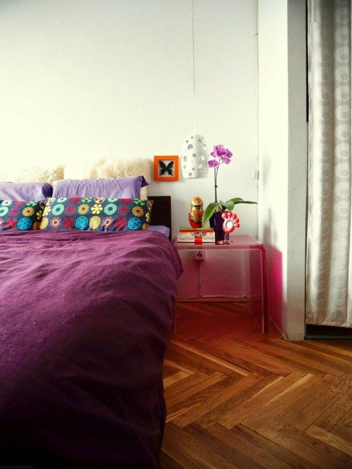 schlafzimmer deko ideen lila bettwäsche farbige kissenbezüge, Badezimmer