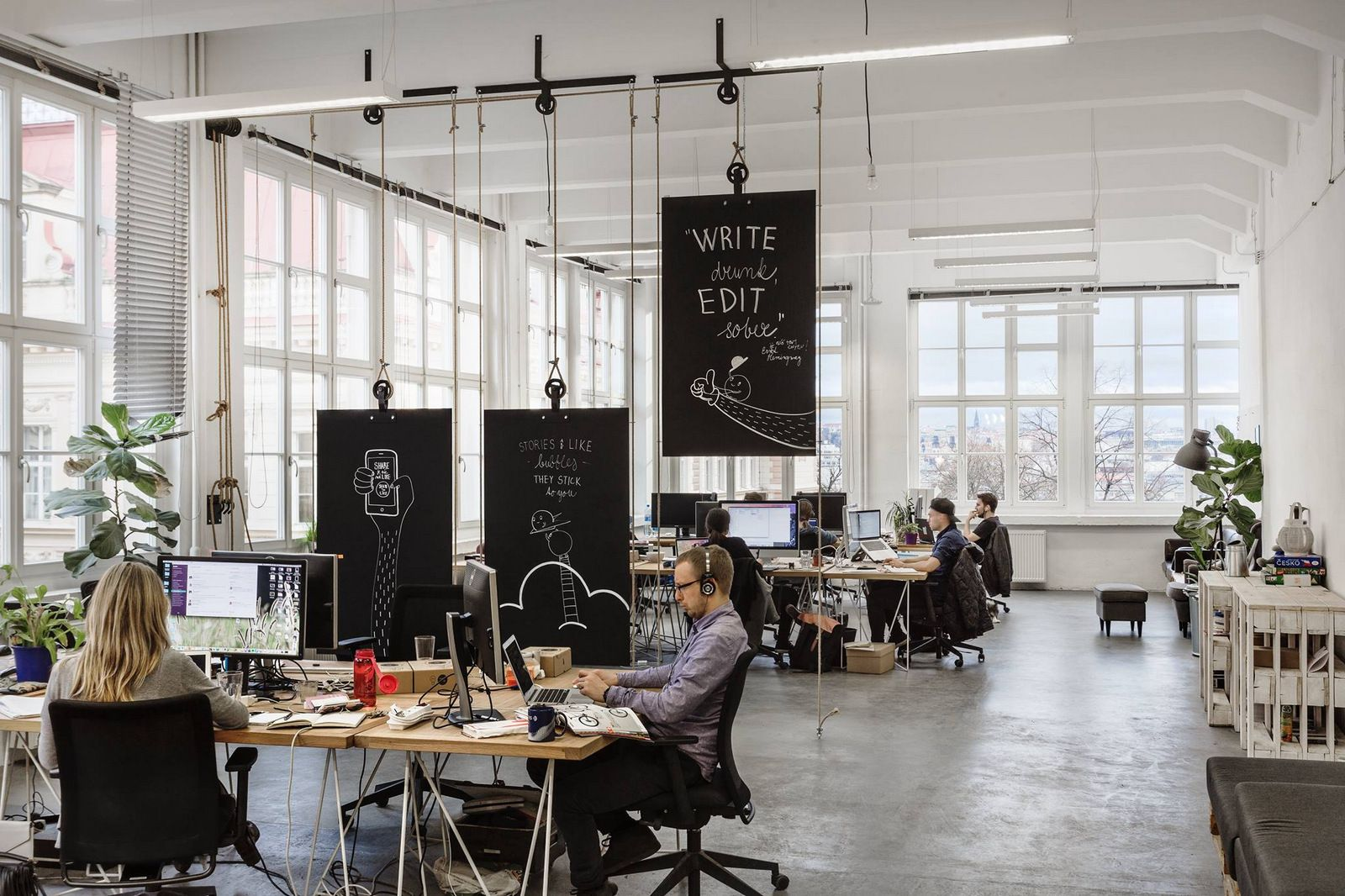 Office Tour: Bubble Offices – Prague   Pinterest   Raumtrenner und ...