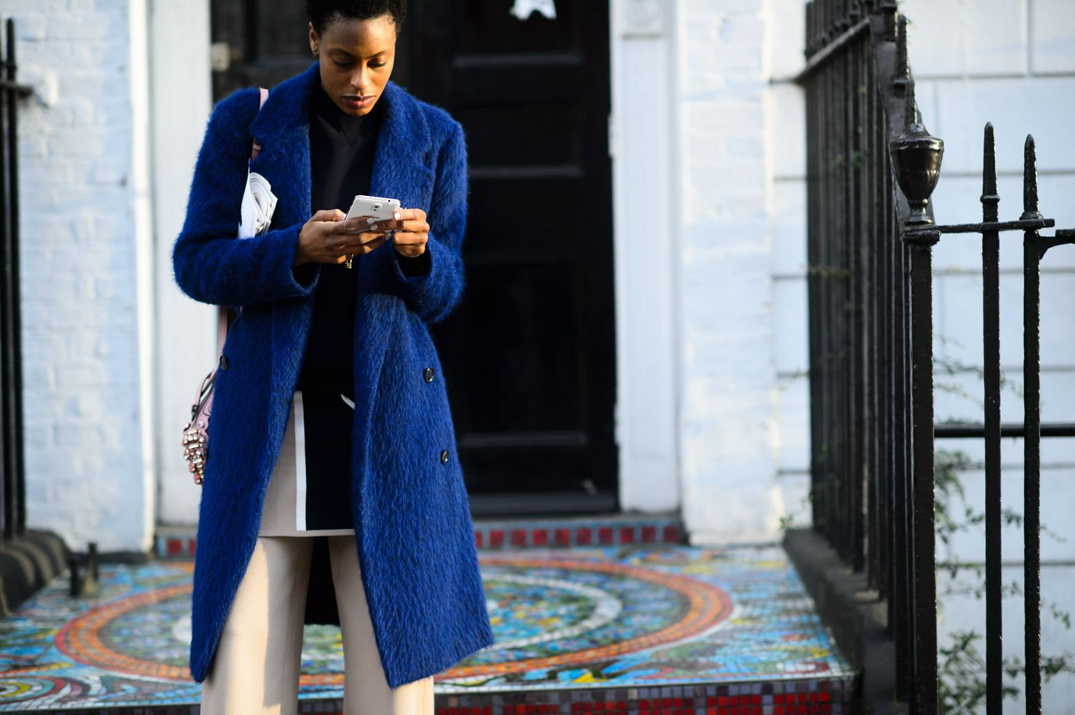 On the Streets of London Fashion Week Fall 2015 - London Fashion Week Fall 2015 Street Style Day 2-Wmag