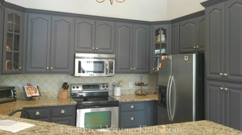 Fantastic Kitchen Cabinet Makeover By Farm Fresh Vintage Finds Farm Fresh Vintage Finds Say My Milk Paint Kitchen Cabinets Kitchen Cabinets Kitchen Paint