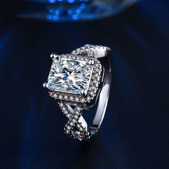 2.7 Carat Halo Ring Radiant Cut man made Diamond Ring 925  55e66580f7