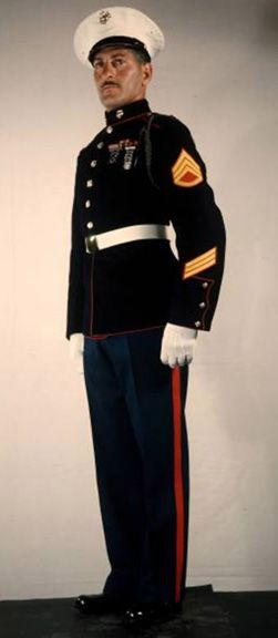The Dress Blue Uniform Enlisted Man M-1926 Style used from 1926 ...