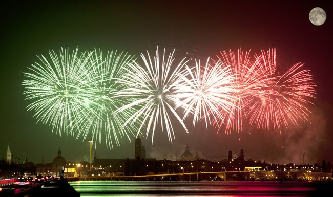 Buon Anno! Italian New Year Customs and Traditions ...