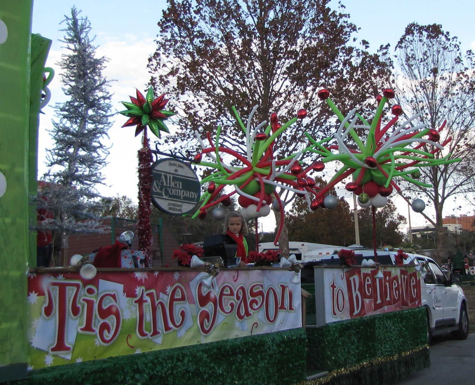 The Grinch Christmas Float Ideas.Christmas Parade Float Ideas Party People Celebration