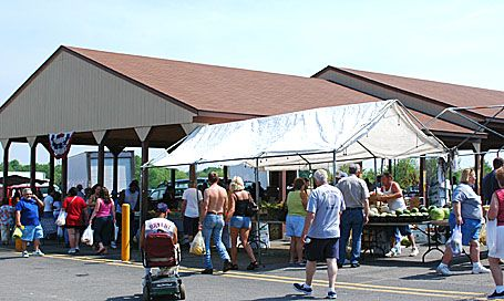 Welcome To Four Seasons Flea Market And Farm Market 330 744 5050