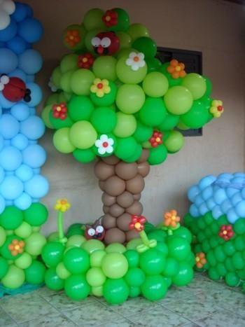 Image result for arvores feitos com balão