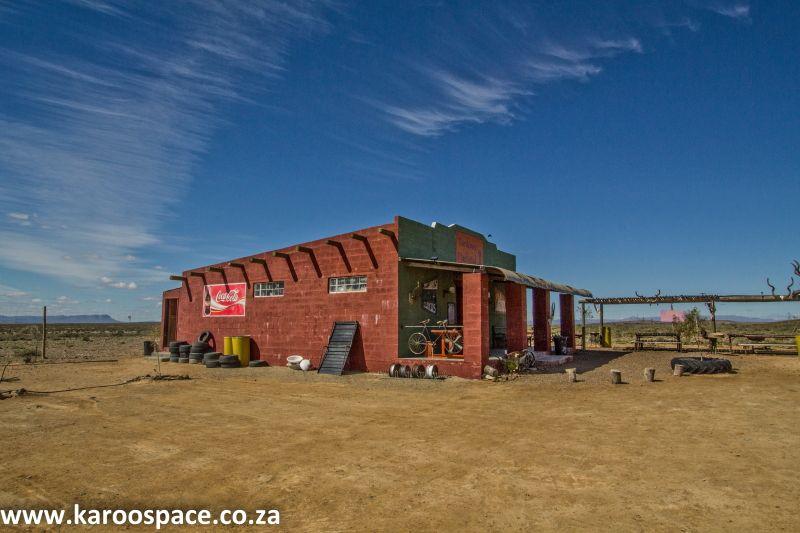 Eksteenfontein Travel Information