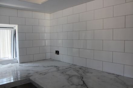Subway Tiles With Misty Grey Grout Recycled Glass Tile Grey Grout Glass Tile Bathroom