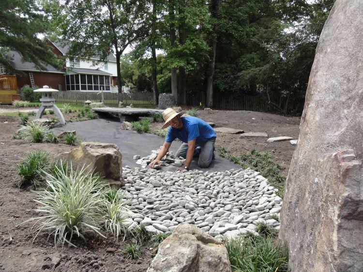 Trockenbach Im Garten Anlegen U2013 Anleitung Und Tipps Zur Bepflanzung #anlegen  #anleitung #bepflanzung