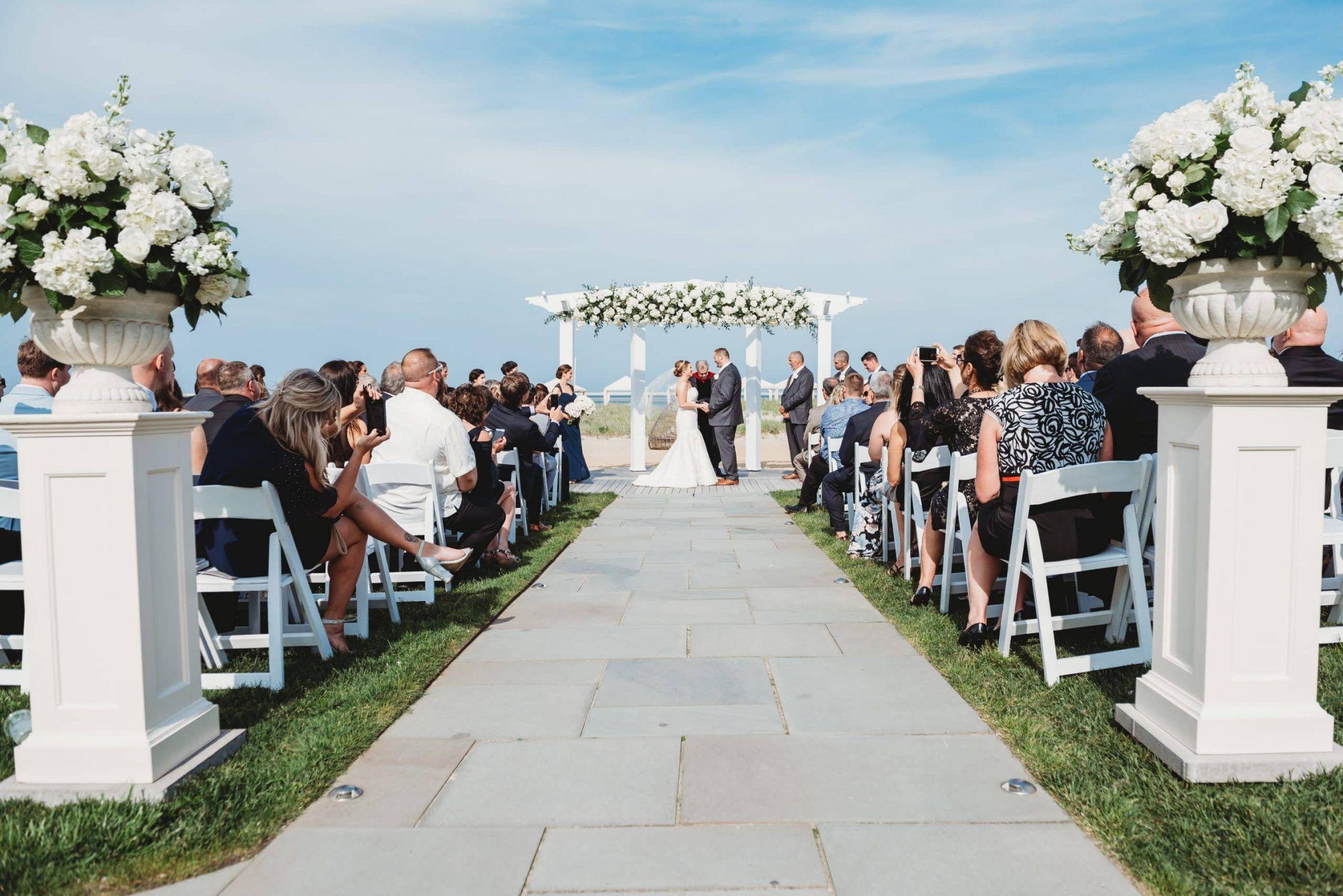 7 Best Cape Cod Wedding Venues Cape Cod Wedding Ideas Cape Cod Wedding Photographer In 2020 Cape Cod Beach Wedding Waterfront Wedding Venue Cape Cod Wedding Venues