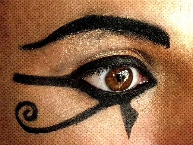 Makeup - Eye of Ra. | From Ancient Egypt, the quotEye of Raquot. | Colin Wilson | Flickr