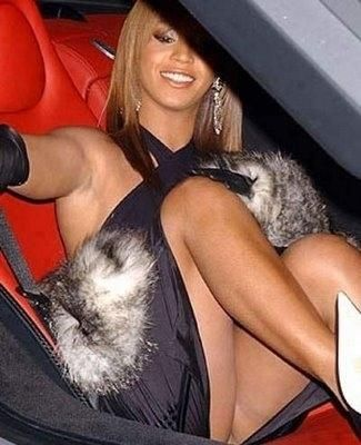 Beyonce french upskirt
