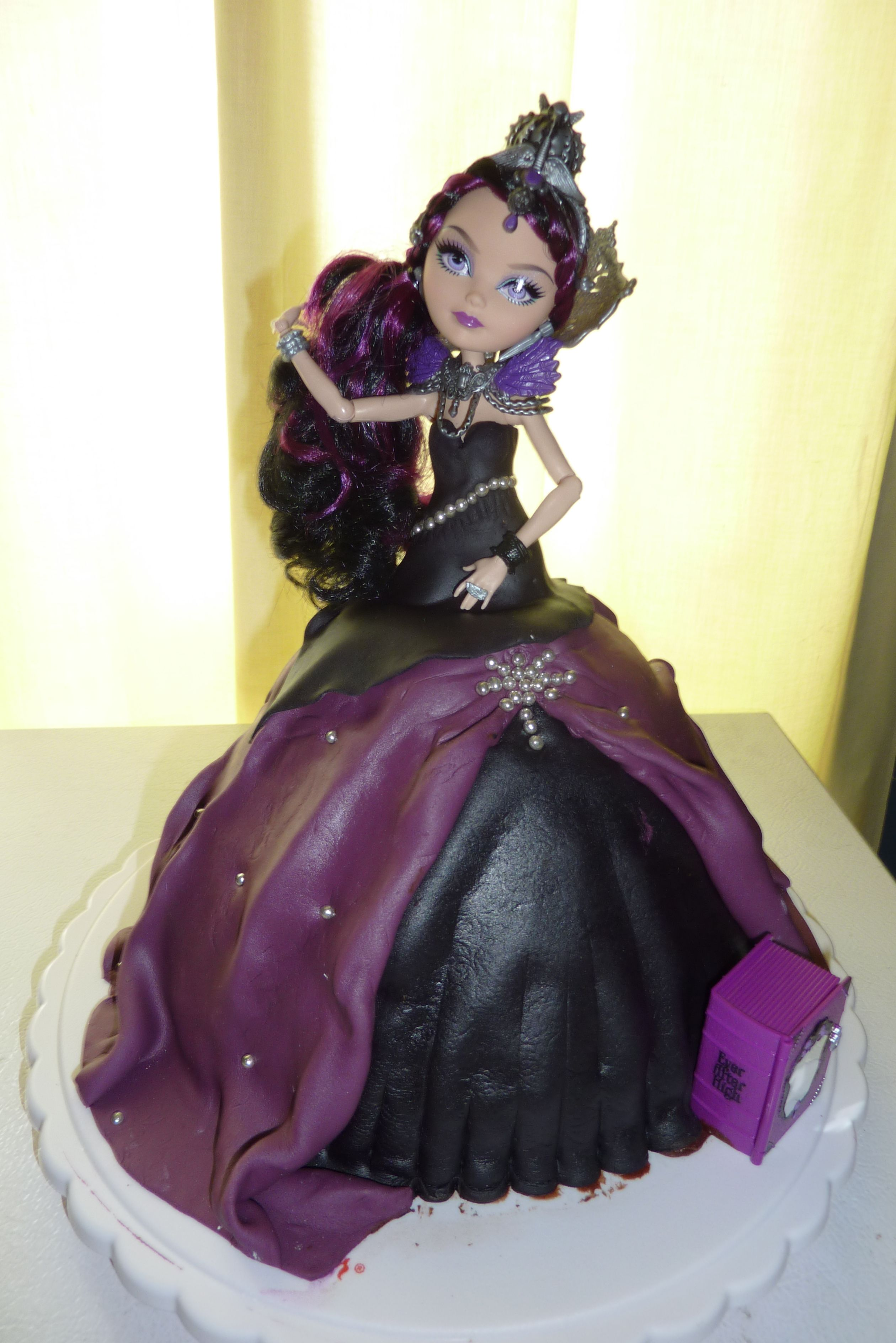 Excellent Ever After High Raven Queen Cake With Images Birthday Cake Personalised Birthday Cards Sponlily Jamesorg