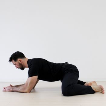 daily hip mobility routine to loosen you up  hip mobility