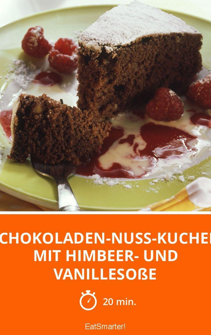 Schokoladen Nuss Kuchen Mit Himbeer Und Vanillesosse Rezept