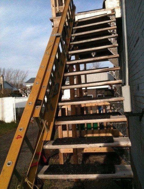 Http Foldable Ladders Com 2013 10 17 Louisville Ladder L 2094 22