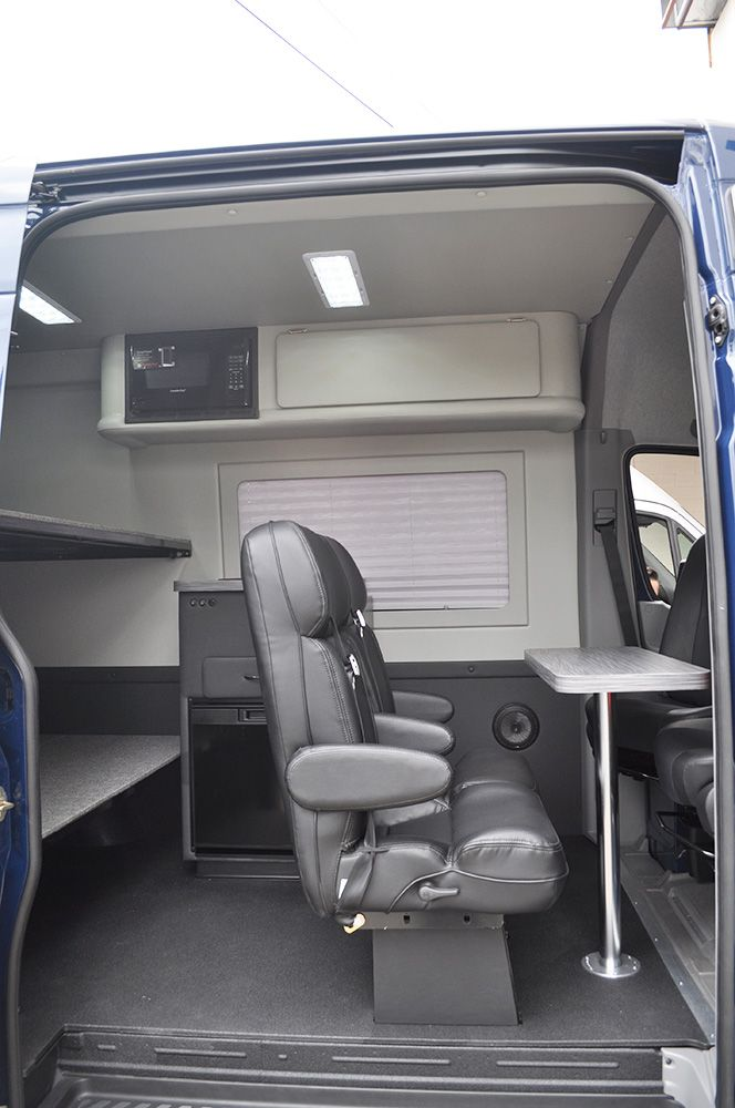 Sprinter Van Bunk Beds >> This Is The Epitome Of An Adventurevan Check Out The Bunk Beds In