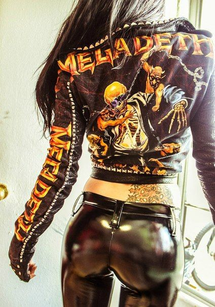 0c458d9675f1 the metal-head girl. | where the muses live. | Chicas en moto ...