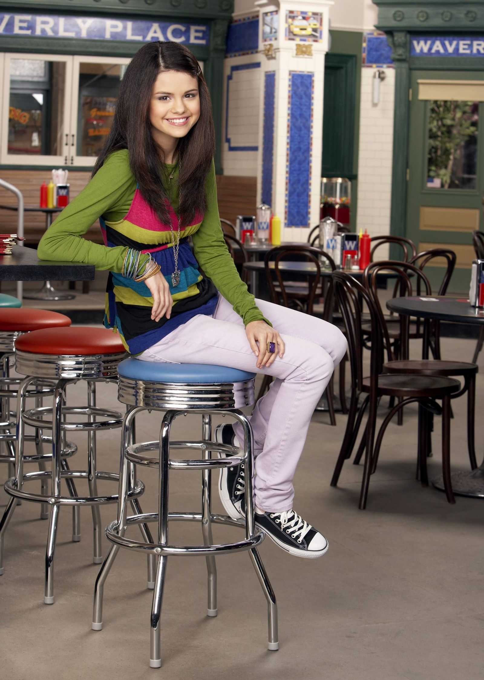 Selena Gomez Alex Russo In Wizards Of Waverly Place