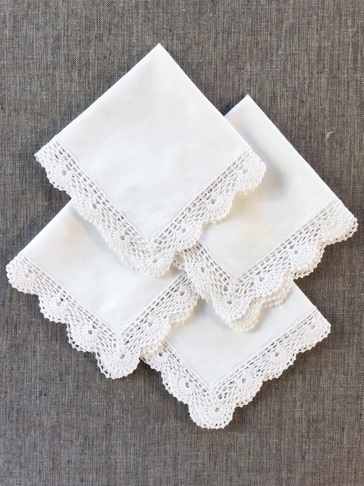 Brand New Ivory Cotton Fabric w// Gold Crocheted Trim Napkins Ivory Set of 4