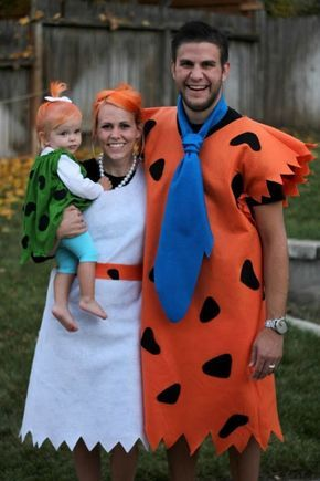 20 Fun And Creative Halloween Costume Ideas For Families #familycostumeideas