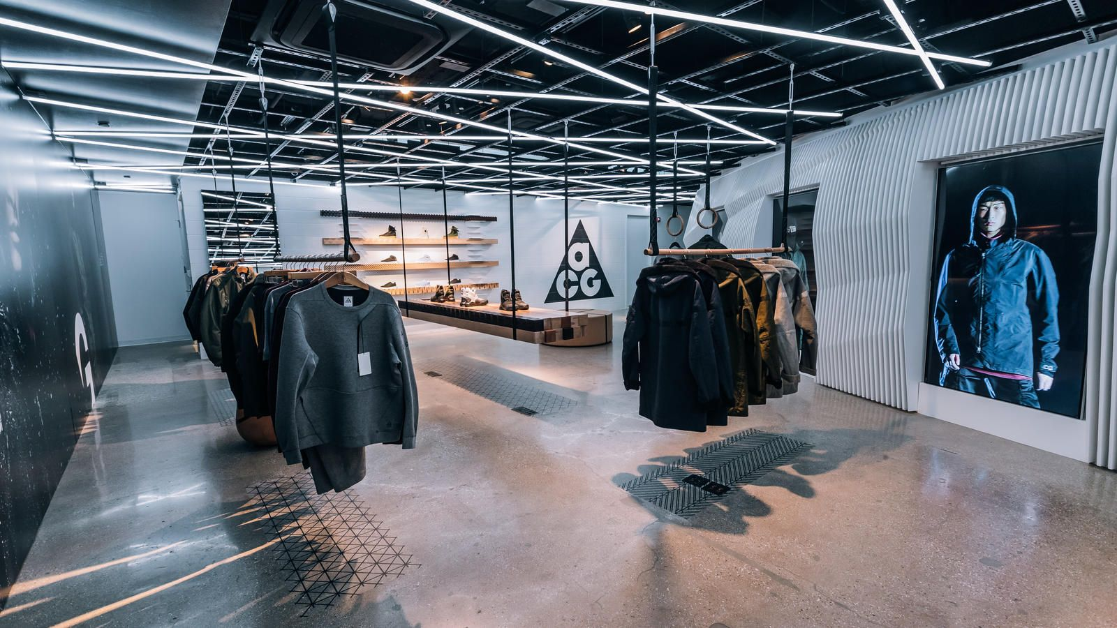 Inside Nikelab Chi Featuring The Launch Of Acg Nike Acg Fashion Showroom Retail Store Design