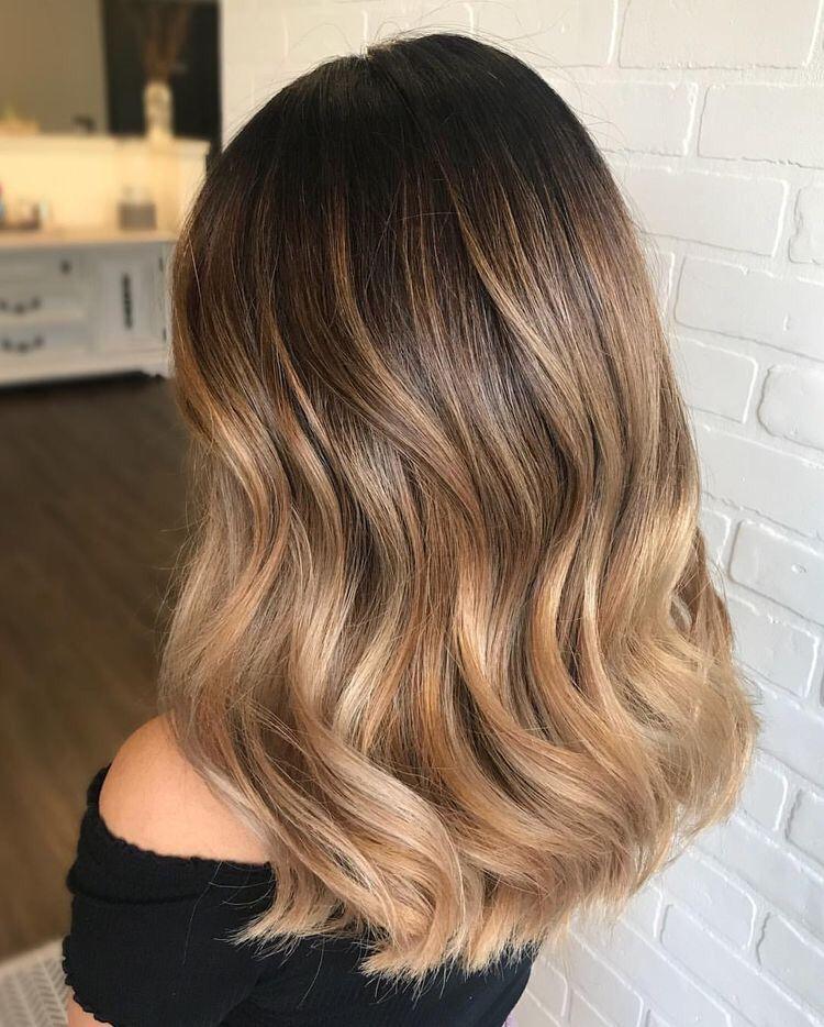 Más de 30 hermosos peinados para cabello medio largo