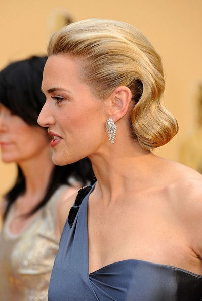 Kate Winslet Bobby Pinned Updo Pulled Back Hairstyles Hair Styles Kate Winslet