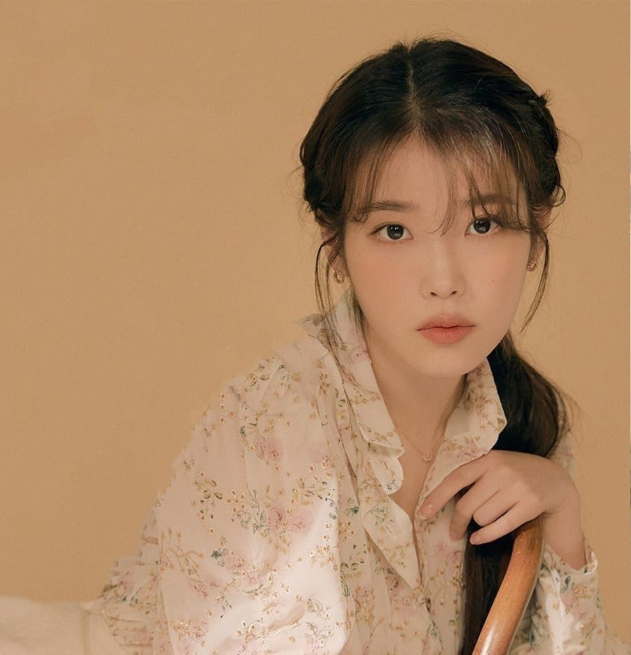 Uaena Thii S Instagram Profile Post Best Visual Edam Official Update Cre On Pic Iu Dlwlrma Dlwlrm Kpop Girl Groups Girl Photo Poses Ulzzang Girl