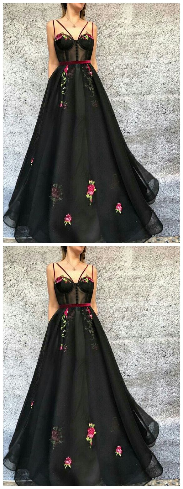 Ball gown black tulle prom dresses long spaghetti straps evening