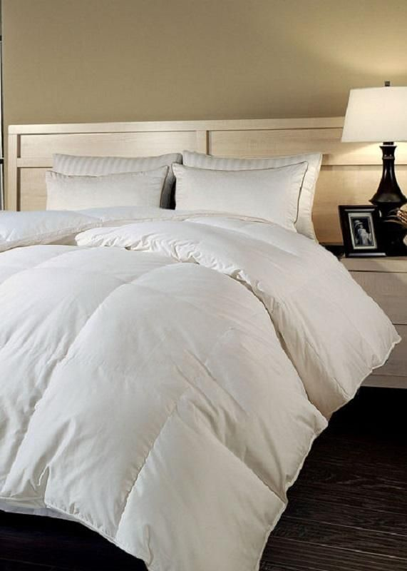 This Comforter Is Constructed With A Series Of 14 Square