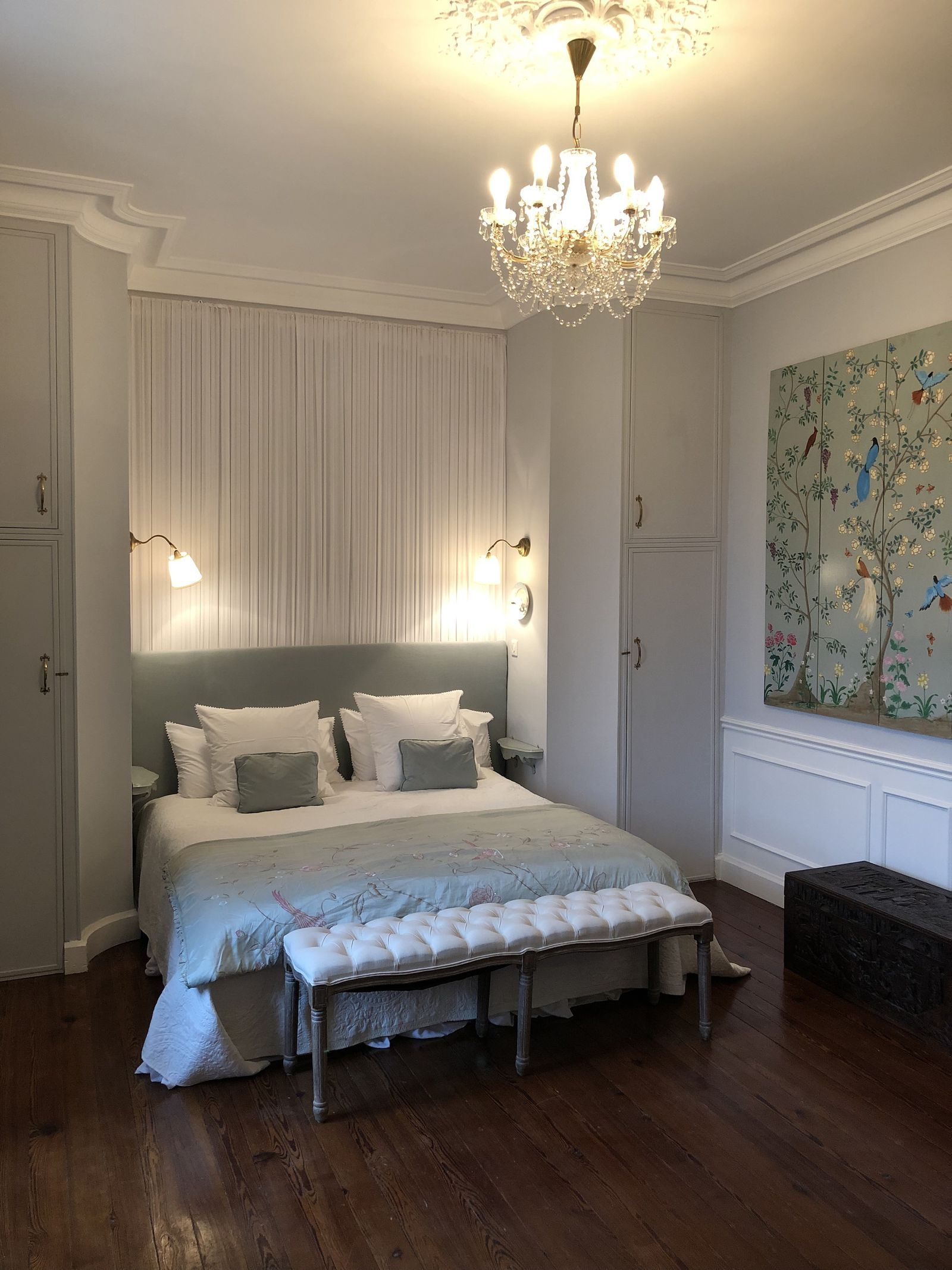 Escape To The Chateau Diy Inside Jayne And Steve Simmons Chateau De Thuries Chateaux Interiors Big Houses Inside Luxurious Bedrooms