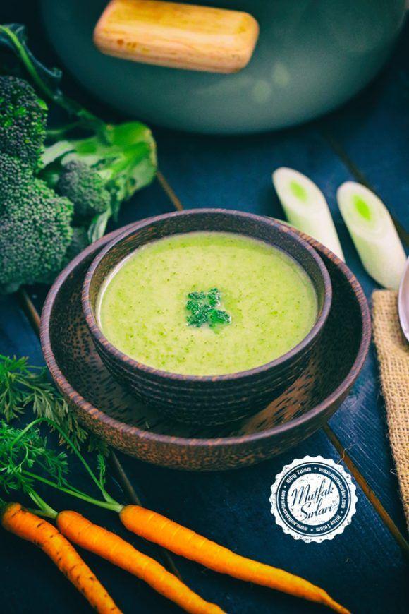 Brokoli Çorbası (Havuçlu – Pırasalı) – Mutfak Sırları –  Pratik Yemek Tarifleri