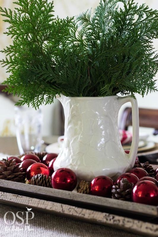 5 Minute Centerpiece Ideas With Images Christmas Centerpieces Christmas Table Settings Christmas Decorations