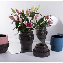 Photo of Pulpo Maket Vase graphite medium PulpoPulpo