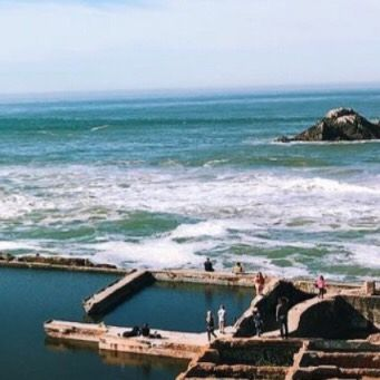 Add Sutro Baths to the list of places to explore this weekend in San Francisco! : @evelynnlizet #sutrobaths #exploremore #optoutside See more spots to explore here fitt.co/sanfrancisco