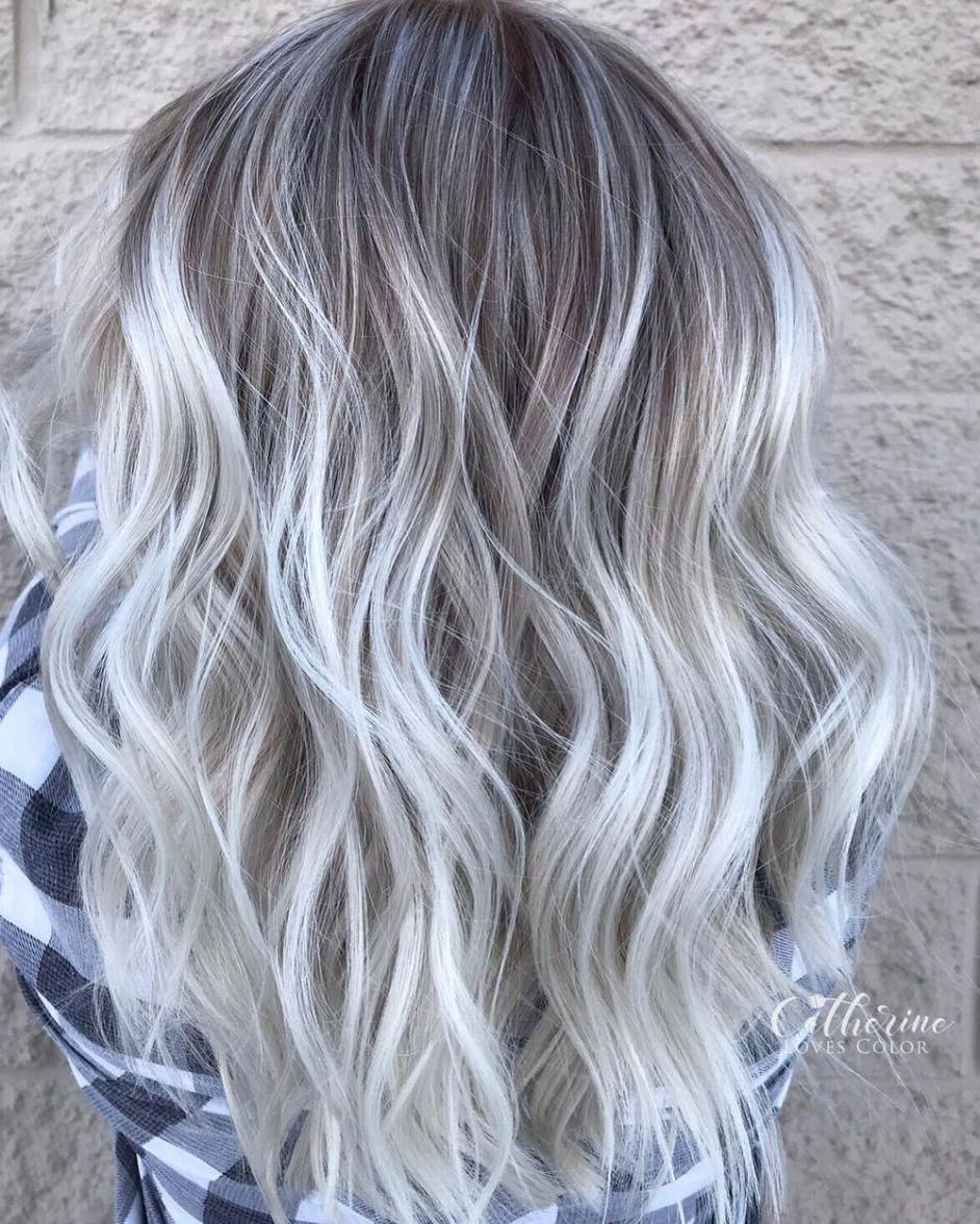 Shiny Metallic Silver Waves Haircolorgrey Silver Blonde Hair Silver Hair Color Blonde Hair With Silver Highlights