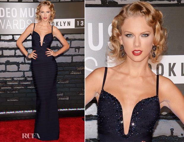 Los escotes de Taylor Swift