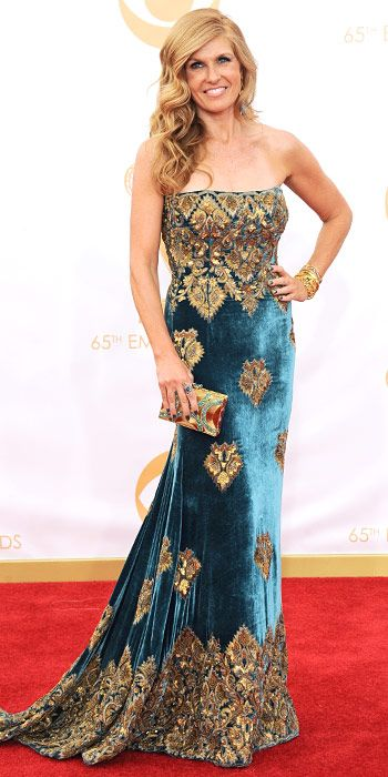 Connie Britton in a Naeem Khan gown with Kathy Waterman jewelry and a Stuart Weitzman clutch.